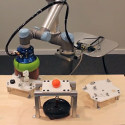 Image - New Concepts: <br>VERSABALL 'jamming' gripper in action at IMTS