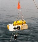 Image - Deep-sea plunge: <br>Motors level ocean-bottom seismometers reliably and efficiently