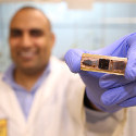 Image - Heat-conducting polymer cools hot electronic devices at 200 deg C